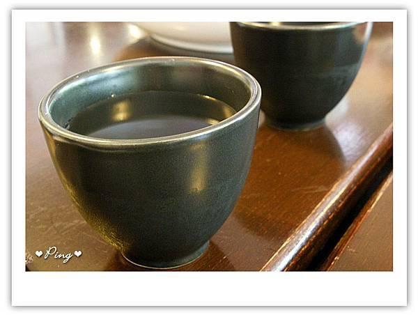 咖哩番~茶水