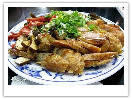 莊記牛肉麵-小菜.jpg