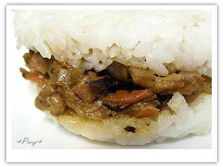 美而美-香菇素食米漢堡3.jpg