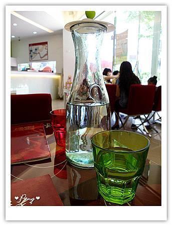 米義-水杯.jpg