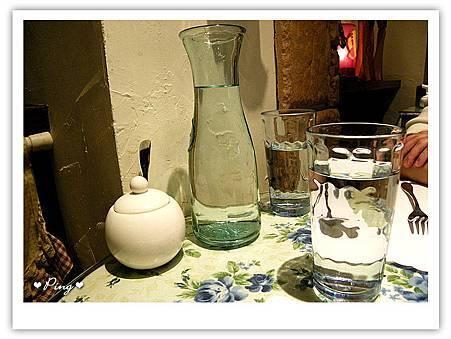 夏卡瓦-水杯.jpg