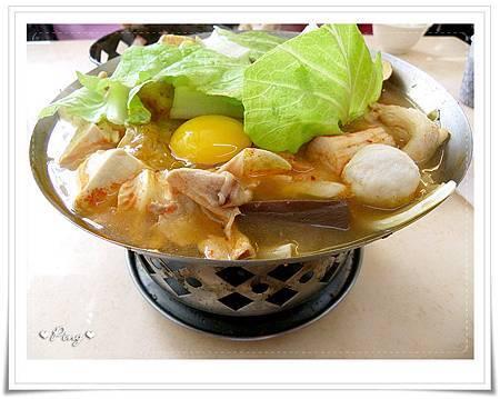 九鍋-韓式泡菜鍋.jpg