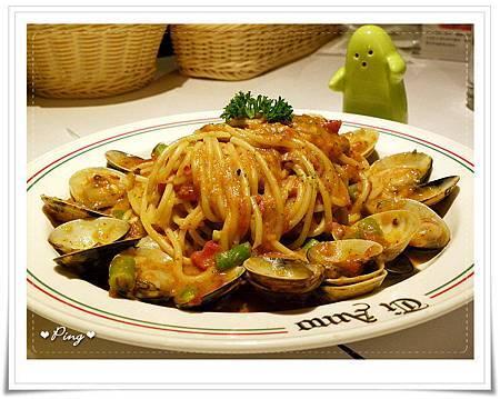 Ti_Amo-食物-03-蕃茄蛤蜊麵.jpg