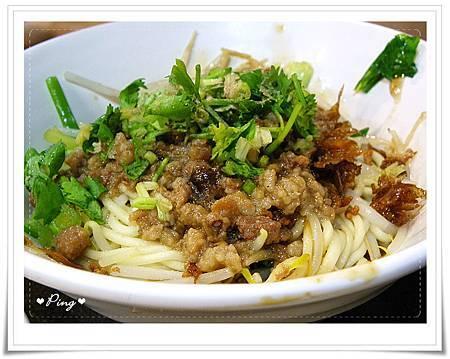 竹東排骨酥麵-肉燥乾麵.jpg
