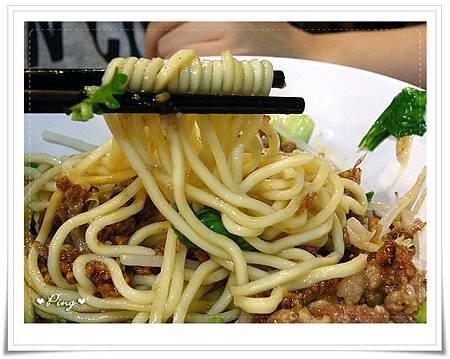 竹東排骨酥麵-肉燥乾麵-2.jpg