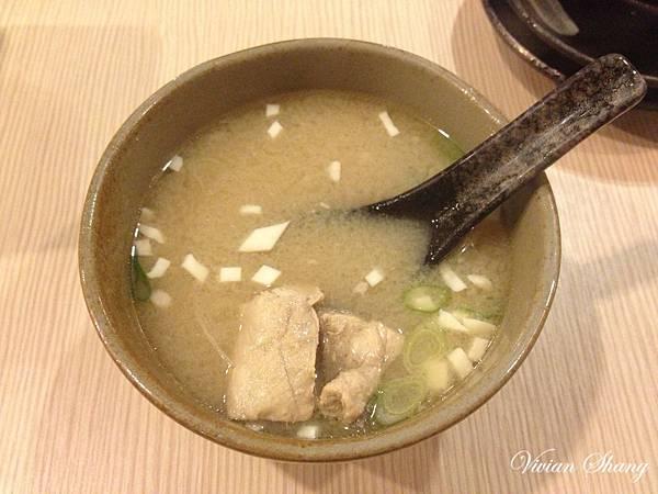套餐附味噌湯