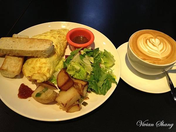 早午餐-香腸蘑菇歐姆蛋