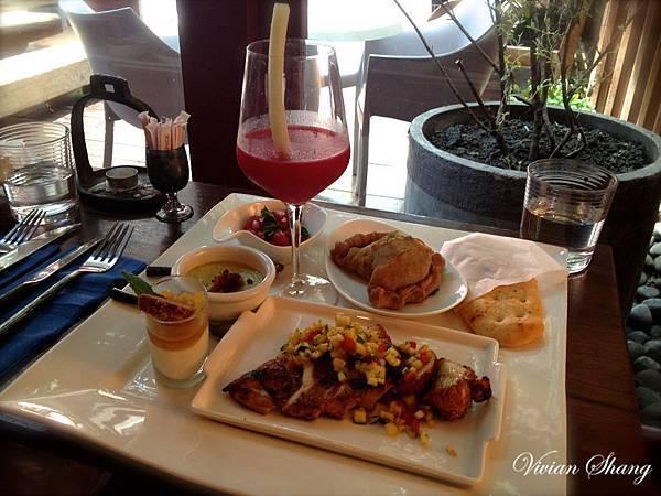 VVG TABLE - 週末早午餐