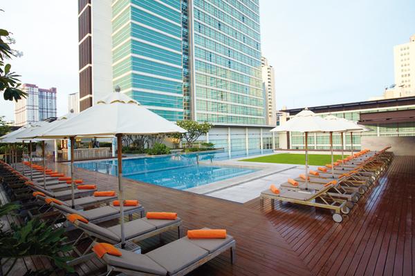 swimming-pool2.jpg