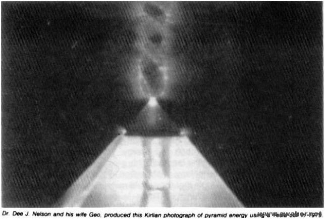 金字塔--太空神秘光子雲的能量傳輸_07.jpg