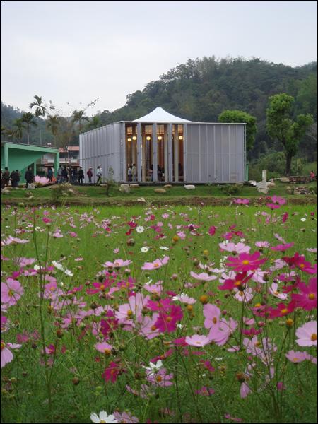 桃米紙教堂