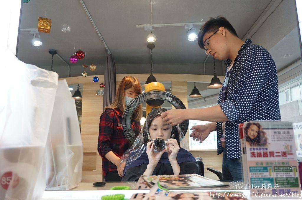 台北無重力燙髮推薦Reborn hair salon15燙染頭髮.JPG