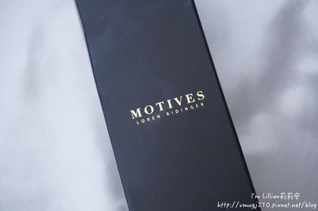 motive莫蒂膚礦美人親膚粉底液08溫和卸妝棉.JPG