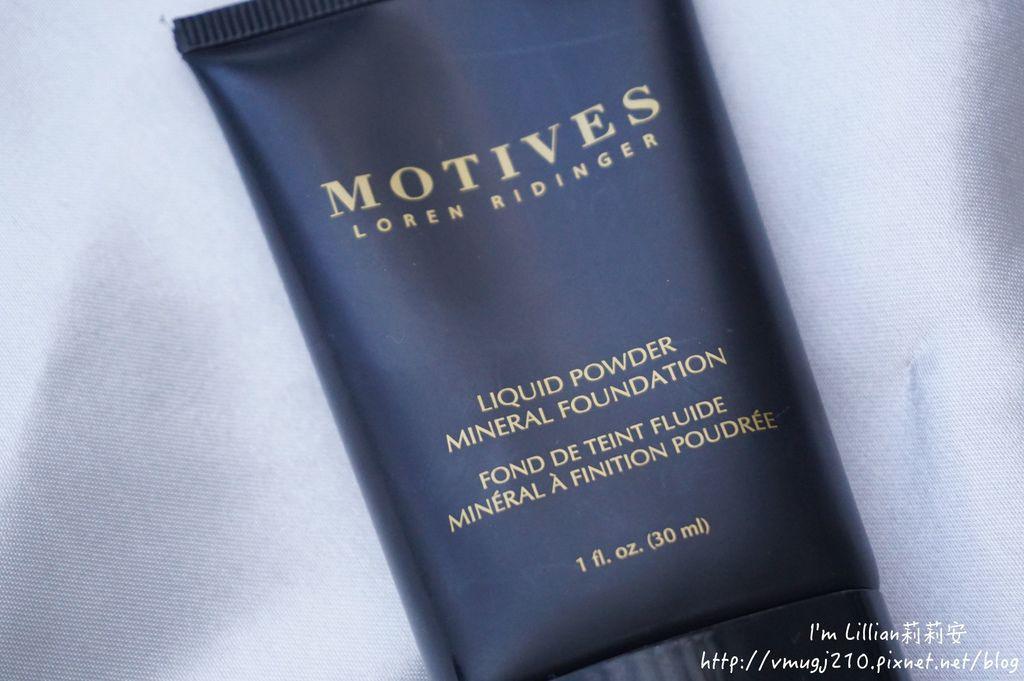 motive莫蒂膚礦美人親膚粉底液14溫和卸妝棉.JPG