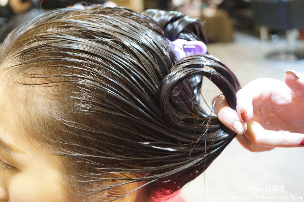 台北公館染髮推薦Hcolor髮廊65挑染剪髮.JPG