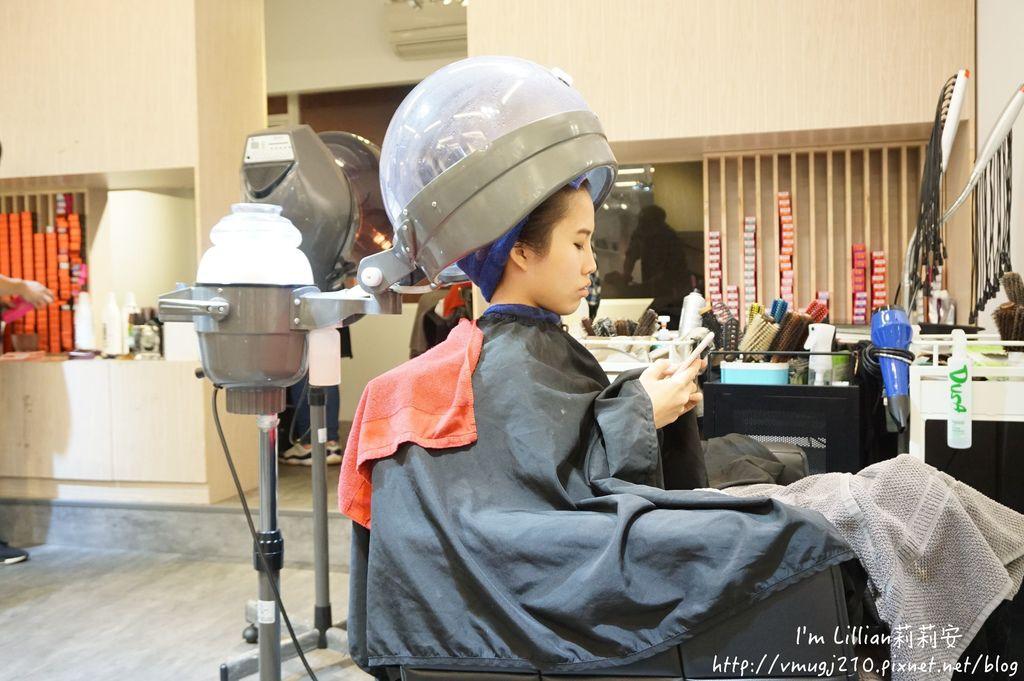 台北公館染髮推薦Hcolor髮廊68挑染剪髮.JPG