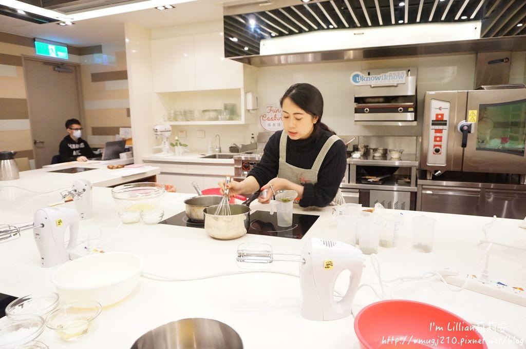 台北烘焙教室推薦 funcooking瘋食課06你知我知好學網 蛋糕捲食譜.JPG