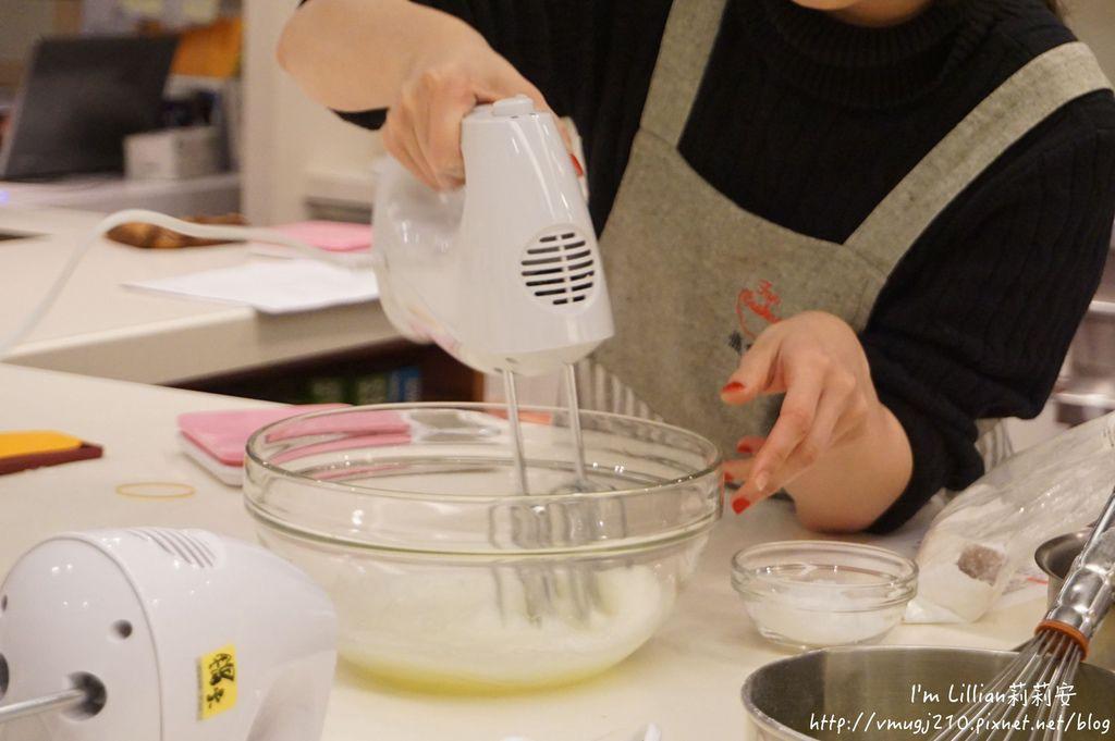 台北烘焙教室推薦 funcooking瘋食課17你知我知好學網 蛋糕捲食譜.JPG