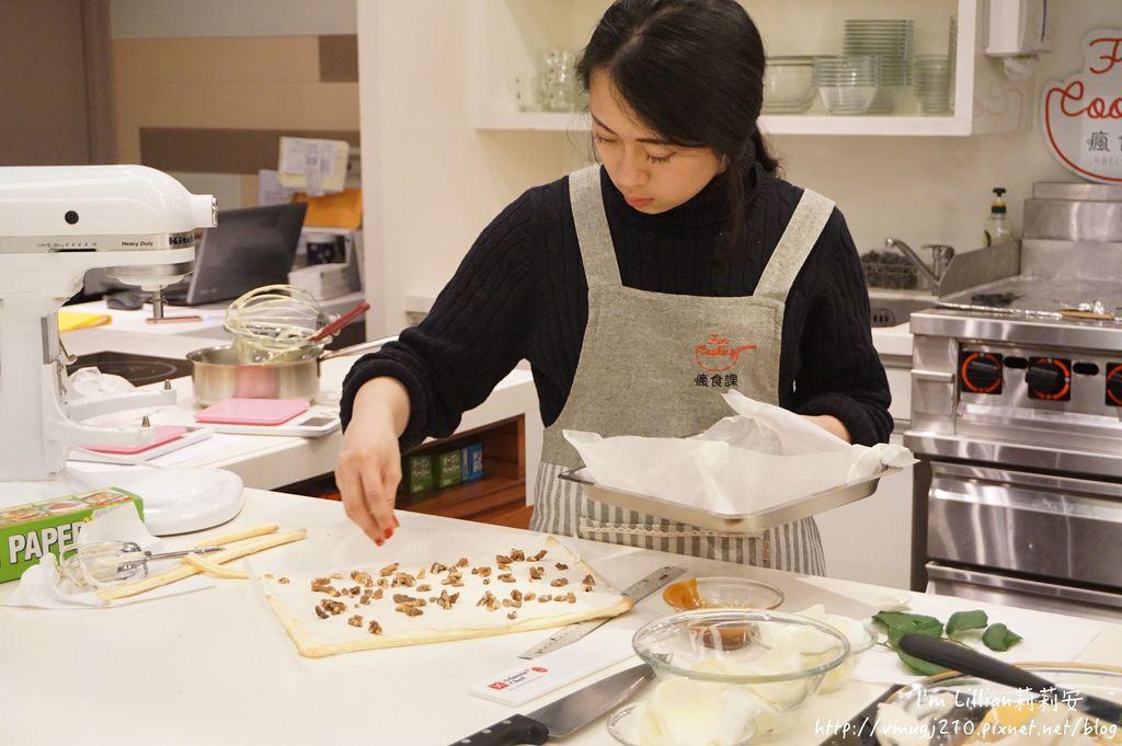 台北烘焙教室推薦 funcooking瘋食課78你知我知好學網 蛋糕捲食譜.JPG