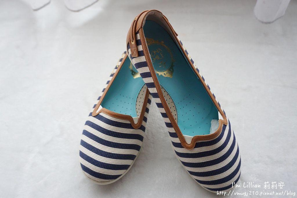 MIT台灣製造MONASMILE蒙娜微笑11娃娃鞋 休閒鞋 .JPG