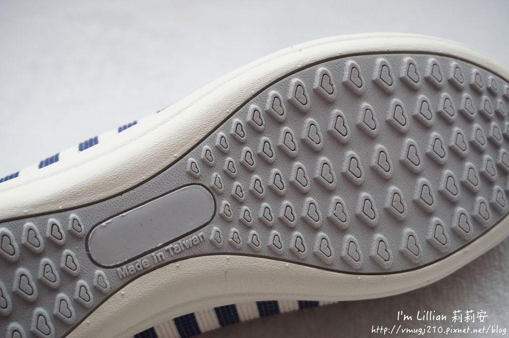 MIT台灣製造MONASMILE蒙娜微笑18娃娃鞋 休閒鞋 .JPG