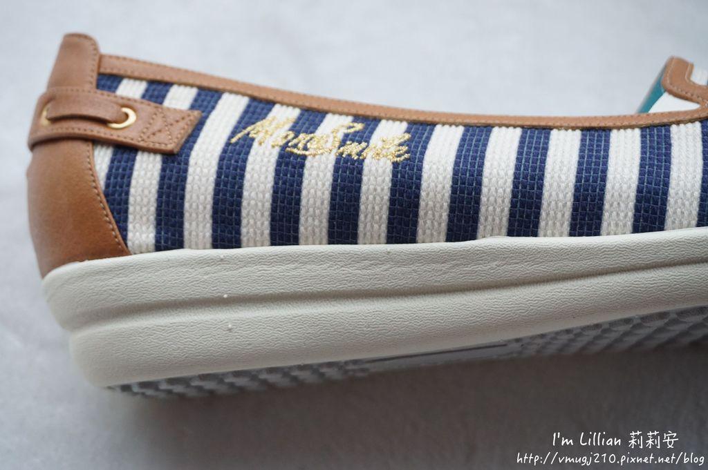 MIT台灣製造MONASMILE蒙娜微笑19娃娃鞋 休閒鞋 .JPG