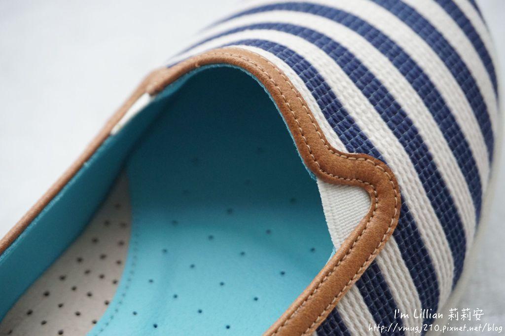 MIT台灣製造MONASMILE蒙娜微笑22娃娃鞋 休閒鞋 .JPG