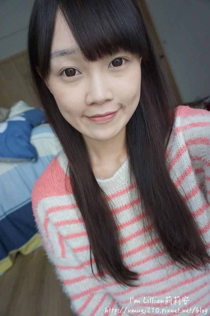 韓國美妝推薦innisfree185超潤色CC舒芙蕾粉餅 我的小棕瓶.JPG
