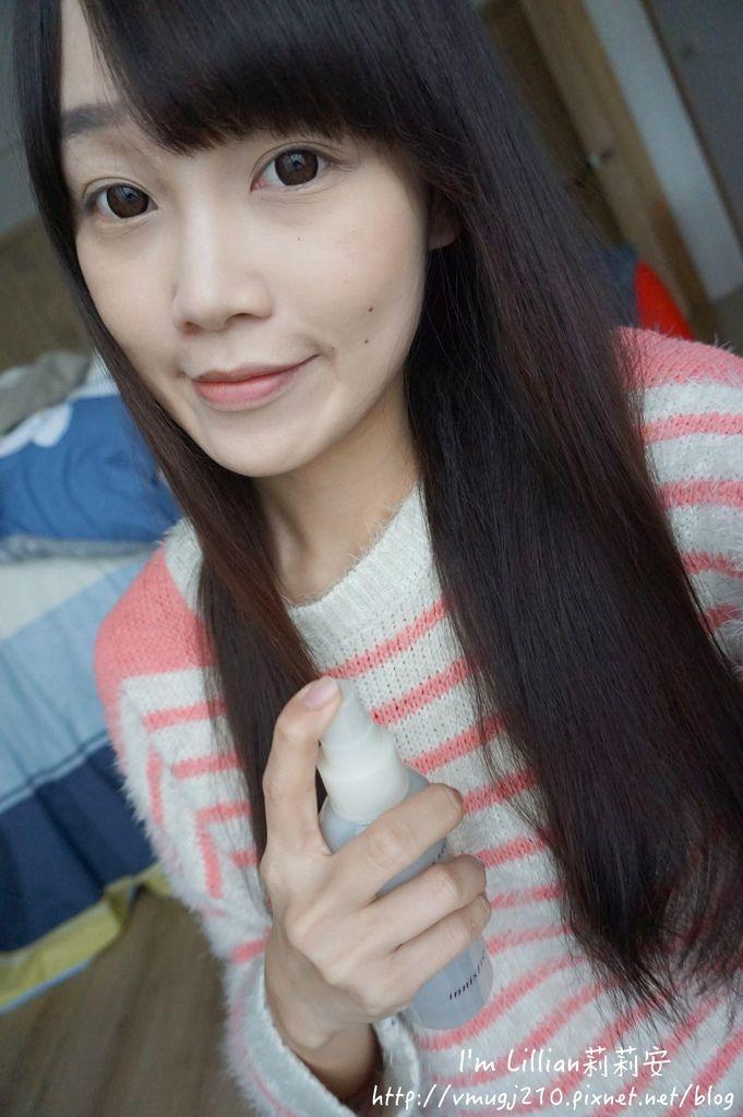 韓國美妝推薦innisfree213超潤色CC舒芙蕾粉餅 我的小棕瓶.JPG