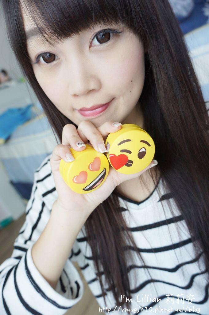 韓國美妝推薦innisfree 無油無慮礦物控油蜜粉Emoji限定版65蜜粉推薦 莉莉安.JPG