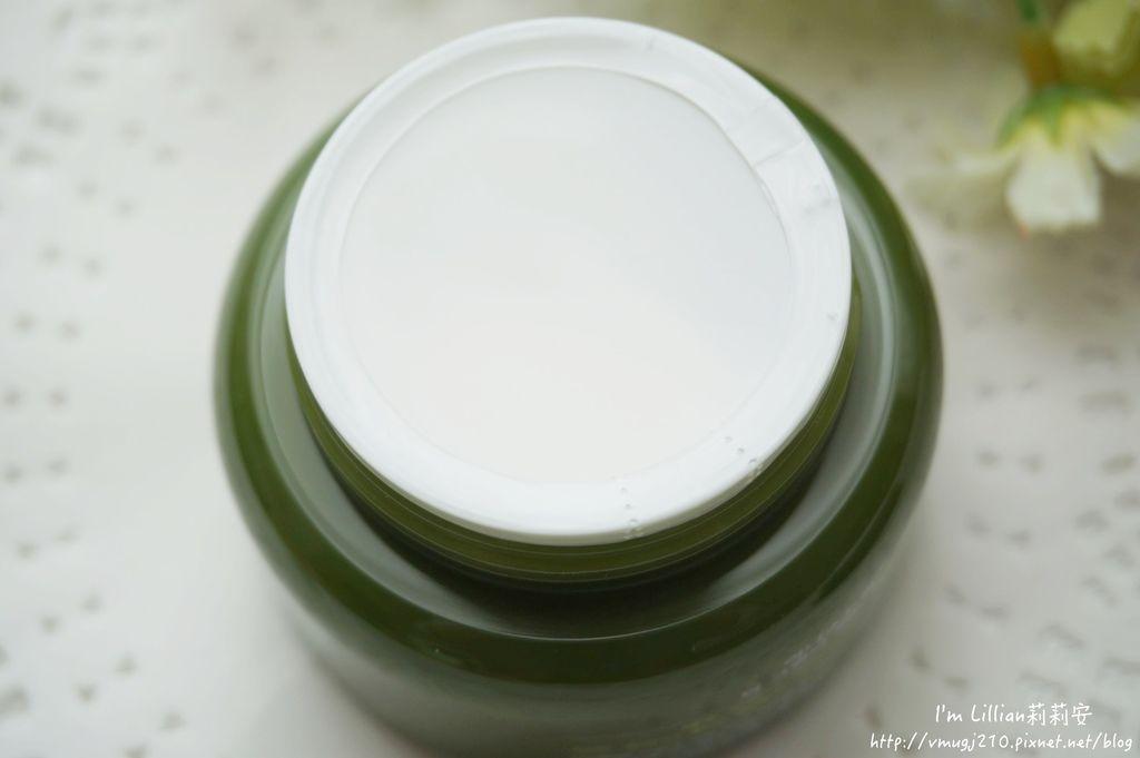 韓國保養必買推薦 innisfree綠茶保濕系列19精華液 洗面乳 乳霜.JPG