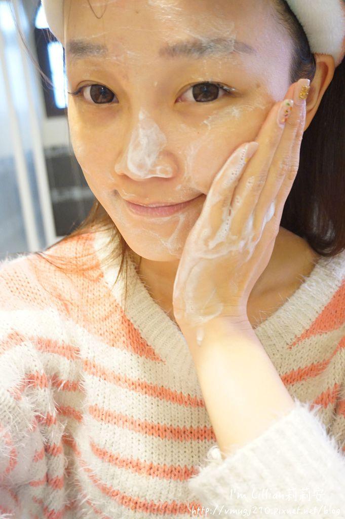 韓國保養必買推薦 innisfree綠茶保濕系列50精華液 洗面乳 乳霜.JPG
