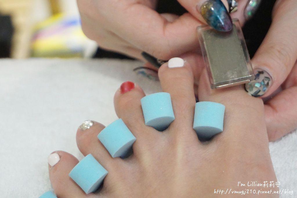 台北東區光療指甲推薦 台北大安美睫40海藍寶石.JPG