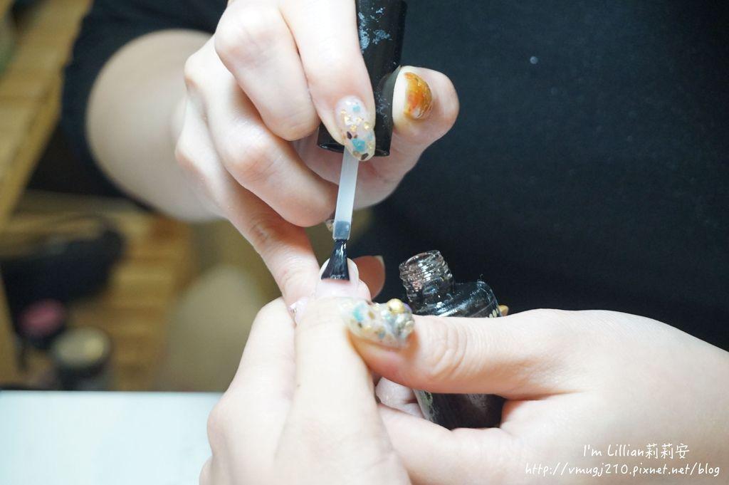 台北東區光療指甲推薦 台北大安美睫52海藍寶石.JPG