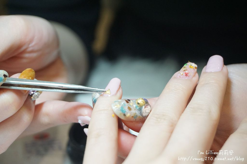 台北東區光療指甲推薦 台北大安美睫56海藍寶石.JPG