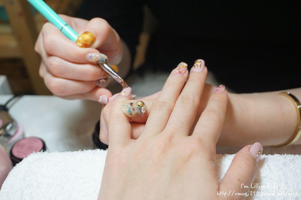 台北東區光療指甲推薦 台北大安美睫57海藍寶石.JPG
