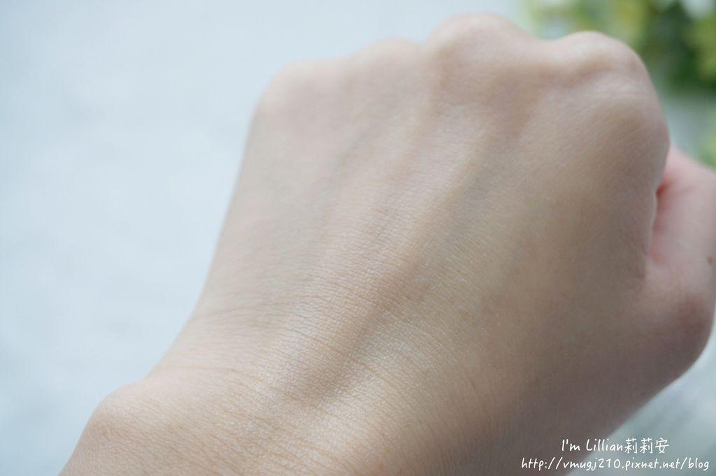韓國保養必買推薦 IOPE神仙水37煥白雪凝眼部修護精華 煥白修護精華.JPG