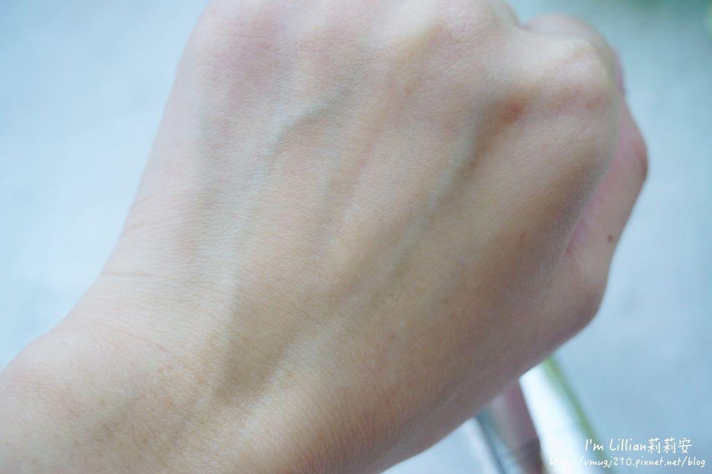 平價青春露推薦 +one%歐恩伊 眼霜推薦 精華液推薦 73黑鑽逆齡系列 黑鑽乳霜.JPG