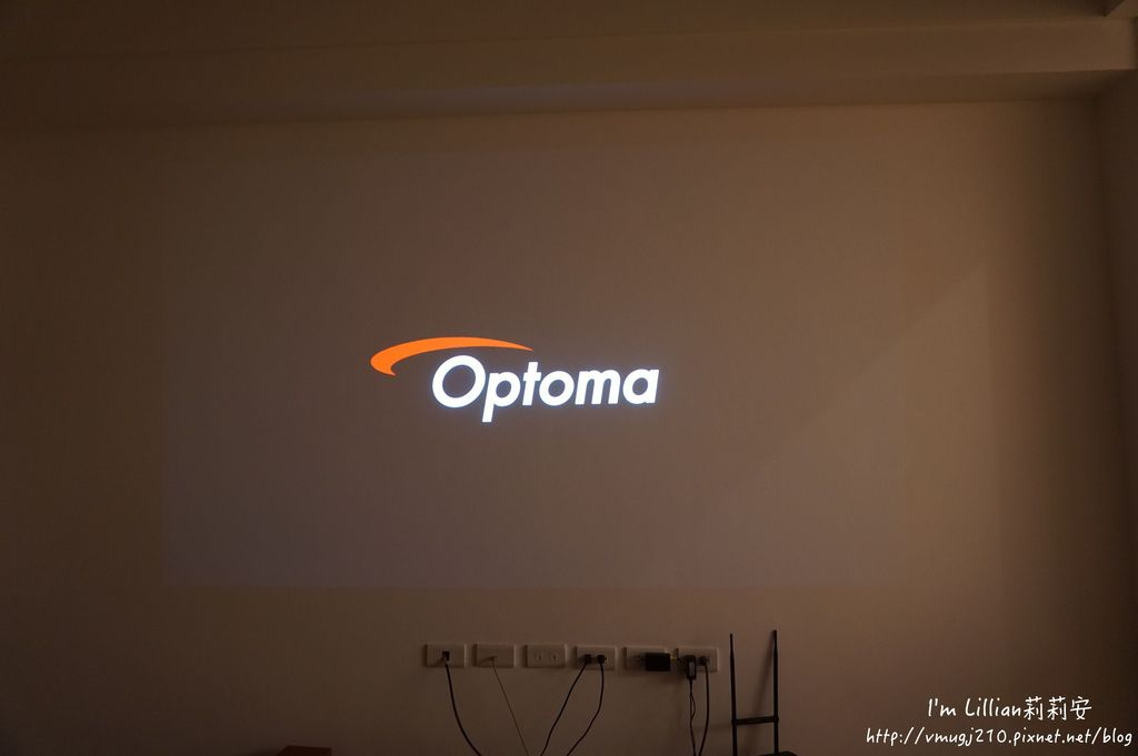 奧圖碼Optoma 投影機推薦 64ZH55開箱文.JPG