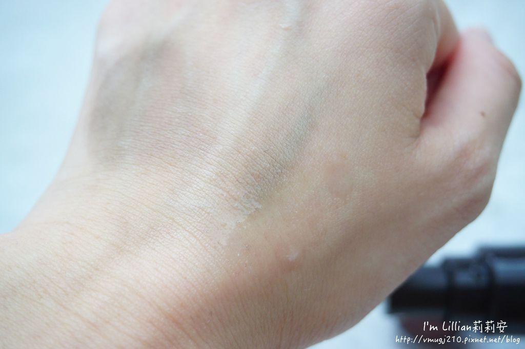 髮際線筆 innisfree 高額頭救星44大髮師髮線修修筆 大髮師髮線拍拍膏大髮師髮線定色噴霧.JPG
