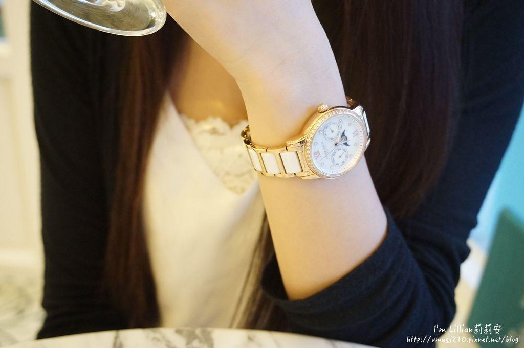 石英手錶推薦  施華洛世奇水鑽94Aries Gold LUNA 58010.JPG