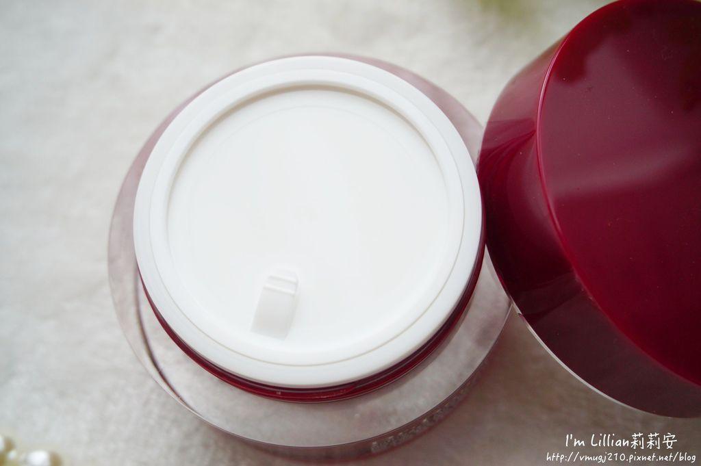 dr-douxi朵璽必買商品29薏沛健康機能水 凍齡熬夜奇蹟霜  賦活新生卵殼膜.JPG