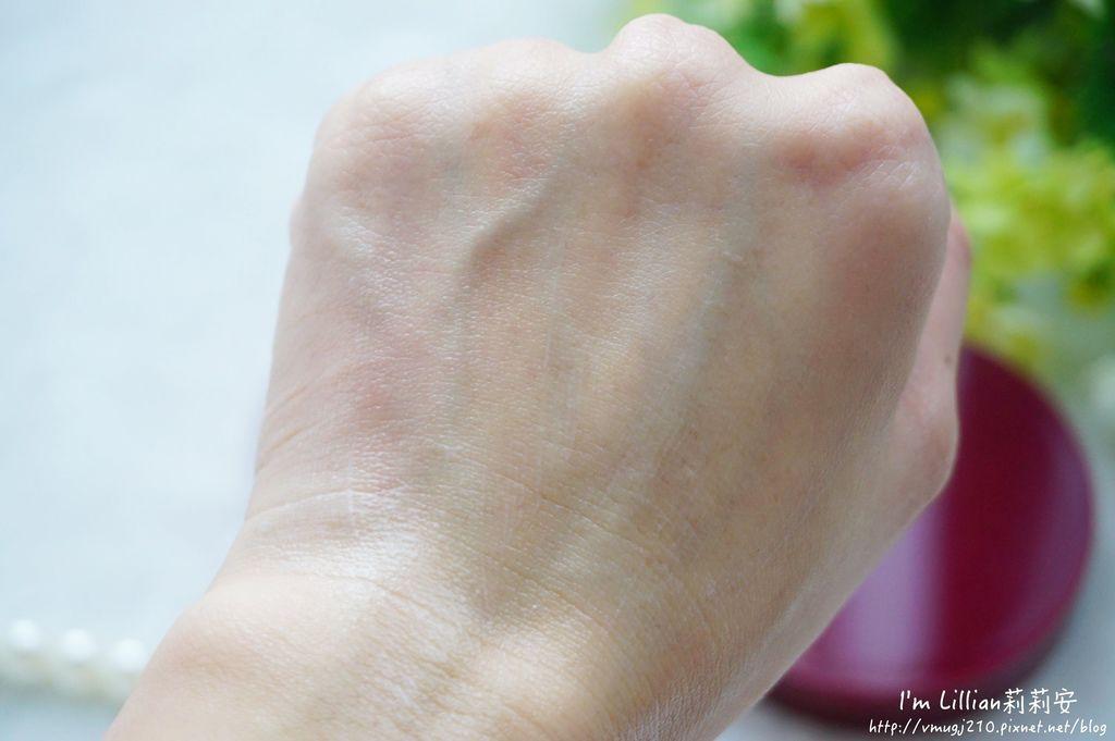 dr-douxi朵璽必買商品39薏沛健康機能水 凍齡熬夜奇蹟霜  賦活新生卵殼膜.JPG