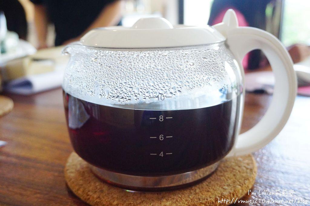 Frigidaire富及第 質感雙溫酒櫃151咖啡機推薦.JPG