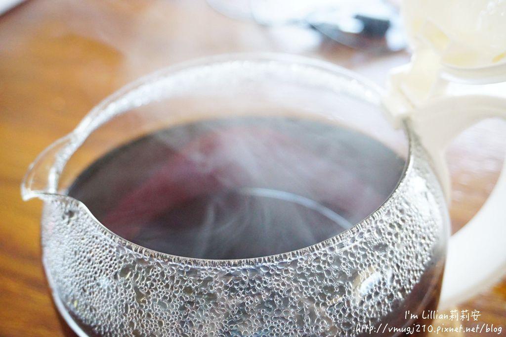 Frigidaire富及第 質感雙溫酒櫃152咖啡機推薦.JPG
