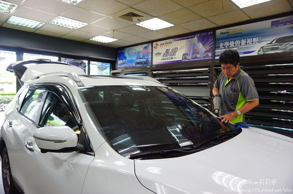 汽車隔熱紙推薦 桑瑪克隔熱紙140SUNMARK 隔熱紙 紫外線.JPG