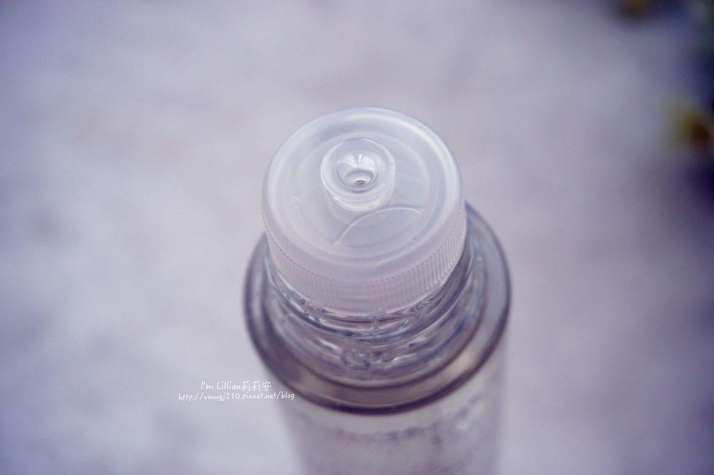 SOFINA 蘇菲娜透美顏19化妝水 乳液 高防曬係數隔離霜.JPG