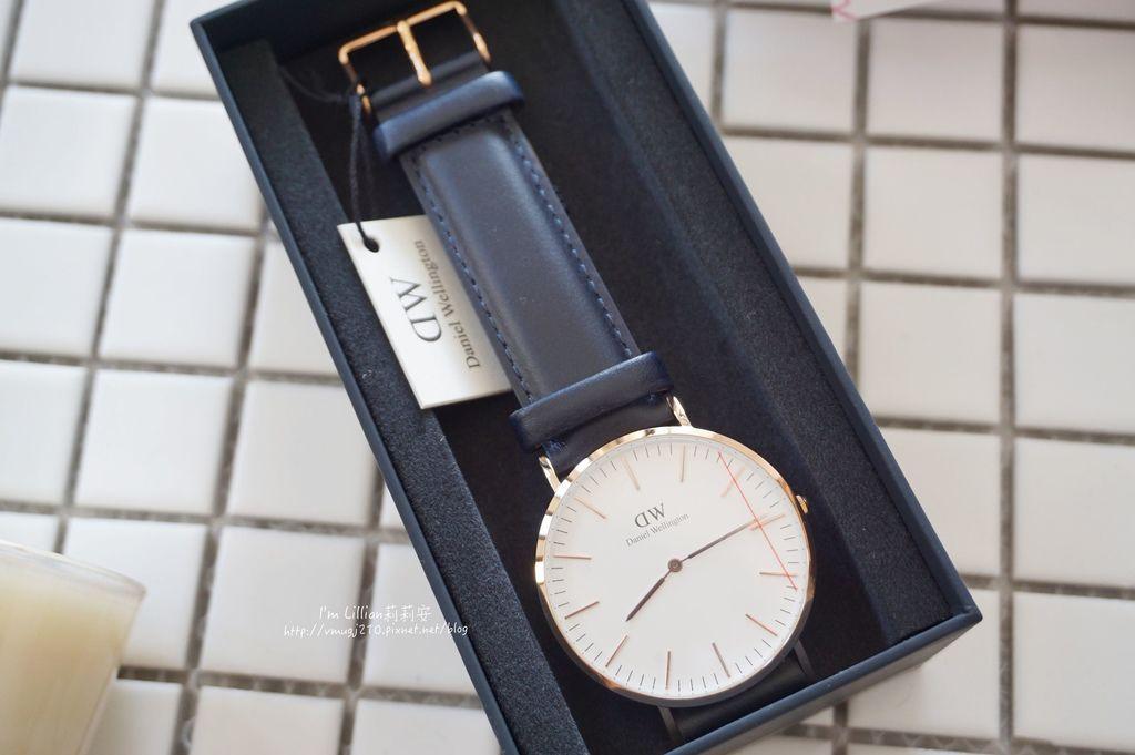 情人對錶推薦 DW手錶19限定版.JPG