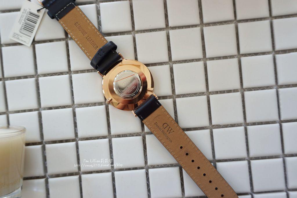 情人對錶推薦 DW手錶26限定版.JPG
