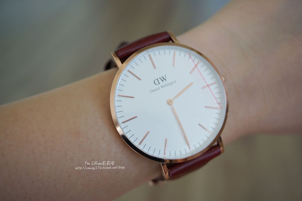 情人對錶推薦 DW手錶44限定版.JPG